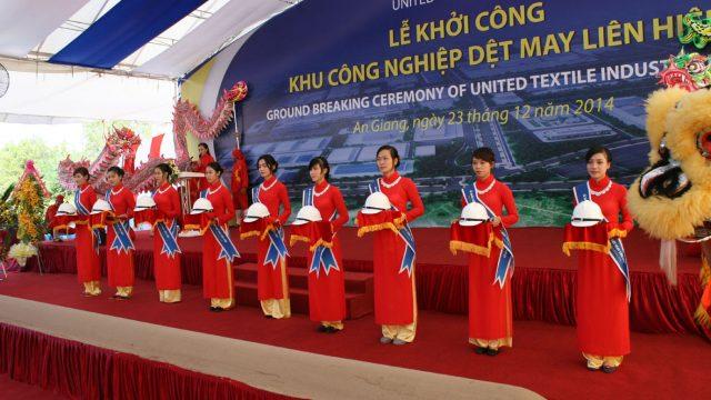 Lễ Khởi công nhà máy Dệt An Giang